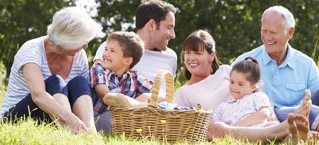 Wie definiert sich die Mutter- oder Vaterschaft gemäß Abstammungsrecht? Mehr dazu erfahren Sie im folgenden Ratgeber.