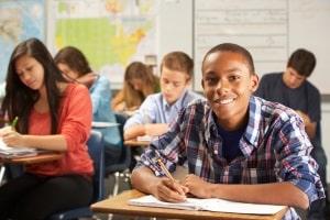 Viele Amokläufer begehen ihre Taten in Schulen. Dies wird als School-Shooting bezeichnet.