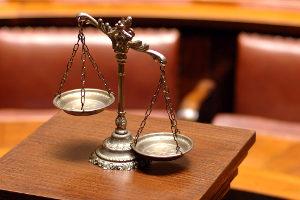 Amtsanwalt als Volljurist? In Hamburg werden auch Rechtsassessoren eingestellt.