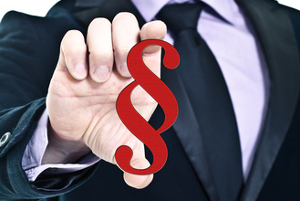 Bei rechtlichen Konflikten am Arbeitsplatz hilft ein Anwalt für Arbeitsrecht aus Edewecht weiter.