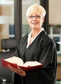 Ein Anwalt für Verkehrsrecht benötigt besondere Fachkenntnisse