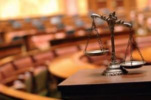 Aufgabe des Anwalts ist die Vertretung vor Gericht