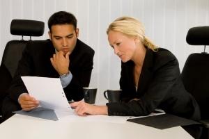 Ein Anwalt kann die strafbewehrte Unterlassungserklärung prüfen und ggf. anpassen.