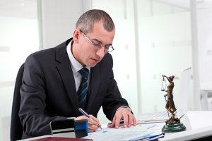 Ein Anwalt für Verkehrsrecht in Geldern kann einen Fachschwerpunkt haben.