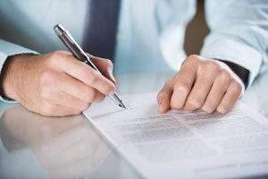Arbeitsvertrag Die Wichtigsten Inhalte Anwaltorg