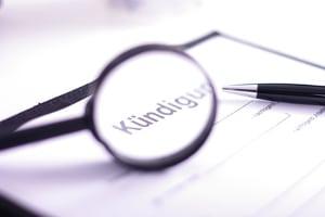 Was gilt bei einem Arbeitsvertrag ohne Kündigungsfrist?