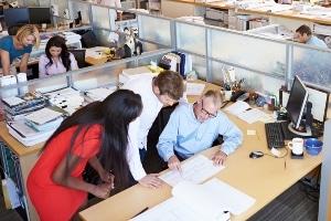 Das Arbeitszeugnis kann jederzeit als qualifiziertes Zwischenzeugnis angefordert werden.