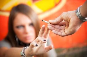 Ein Arzt muss die Schweigepflicht auch bei Drogen wahren.