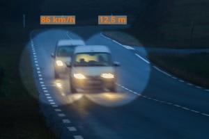 Aufgrund des übersichtlichen Streckenverlaufs eignet sich die Autobahn für die Abstandsmessung.