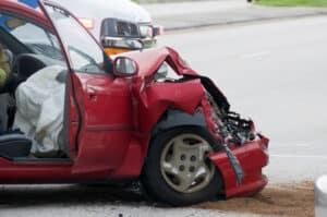 Ein Autounfall kann einen Personenschaden nach sich ziehen.