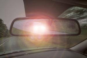Kfz-Beleuchtung: Das Fern- und das Abblendlicht dürfen nur weiß leuchten.