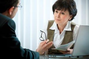 Sinnvoll kann auch eine Beratung beim Arbeitsamt oder einer anderen Institution sein, um die perfekte Ausbildung zu finden