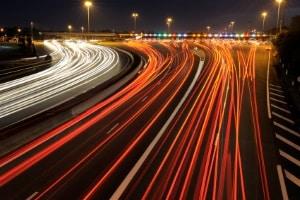 Das Bußgeld bei einer Geschwindigkeitsüberschreitung kann in Deutschland zwischen 10 und 680 Euro betragen.