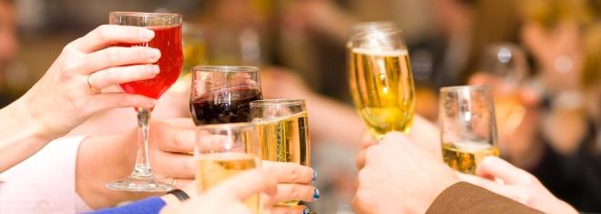 Die Bußgelder für Alkohol am Steuer sind besonders hoch.