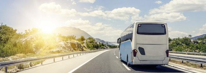 Welche Sanktionen sieht der Bußgeldkatalog für Bus-Fahrer vor? Unser Ratgeber verschafft Ihnen einen Überblick.