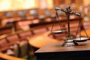 Definition: Ein Staatsanwalt ist bei Gericht der oberste Vertreter einer Anklage.