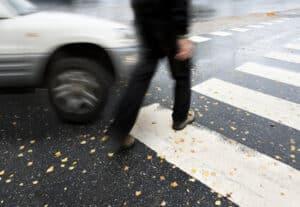 Eine Dienstunfähigkeitsversicherung kann helfen, wenn Sie durch einen Unfall sehr schwer verletzt wurden.