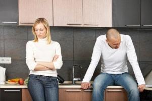 Gibt es in einer Ehe Probleme, kann eine Eheberatung helfen.