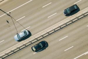 Warum bedeutet das Ende einer Geschwindigkeitsbegrenzung nicht, volle Fahrt voraus?