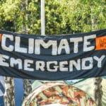 Protest gegen die Klimakrise: Extinction Rebellion setzt auf zivilen Ungehorsam und will die Regierungen damit endlich zum Handeln bewegen.