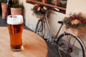 Zu viel Alkohol auf dem Fahrrad kann eine Strafe nach sich ziehen.