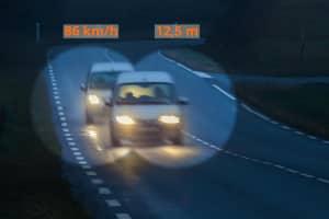 Auch in der Probezeit kann ein Fahrverbot wegen unterschrittenem Abstand drohen.