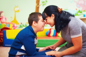 Durch ein Behindertentestament sollen mögliche Nachteile, die durch eine Erbschaft auftreten können, reduziert werden.