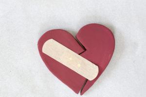 Ist die Ehe gescheitert, besteht in der Regel ein Anspruch auf Ehegattenunterhalt im Trennungsjahr.