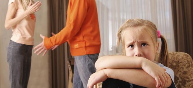 Ihnen wächst die Situation zu Hause über den Kopf? Eine Familienberatung kann helfen.