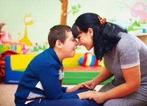Bei einem Pflegegrad 2 kann es Leistungen für Angehörige geben.