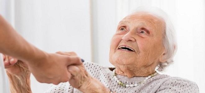 Was bedeutet Pflegegrad 3? Der folgende Ratgeber informiert.