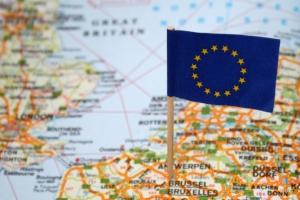Pflegekräfte aus Tschechien, Kroatien oder Rumänien können bei der alltäglichen Versorgung helfen.