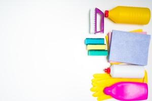 Für die Pflegestufe 1 zählte der Zeitaufwand bei der Hilfe, z. B. beim Putzen.