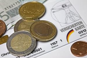 Bei einer Pflegestufe 3 lag das Pflegegeld bei 728 Euro monatlich.