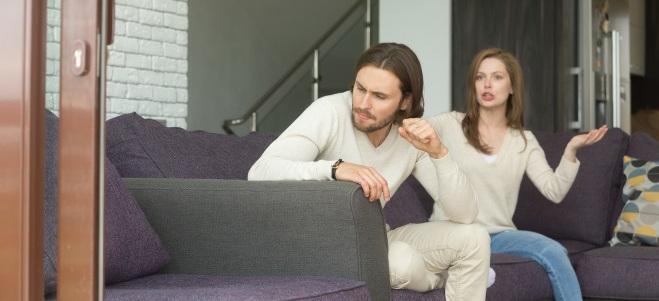 Die Scheidung und deren Ablauf: Mehrere Stationen müssen von betroffenen Paaren durchlaufen werden.