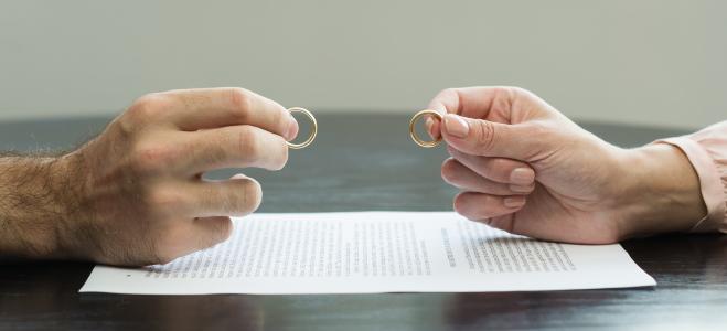 Worauf es zu achten gilt, wenn Sie ein Scheidungsurteil übersetzen lassen, erfahren Sie in diesem Ratgeber.
