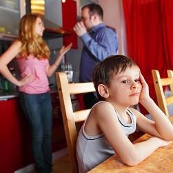 Eine streitige Scheidung kann ggf. durch eine Mediation verhindert werden.