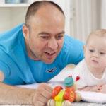 Nicht verheiratete Paare müssen die Vaterschaftsanerkennung für den biologischen Vater beantragen.