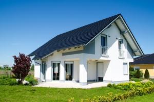 Ein Vermächtniserfüllungsvertrag ist nur bei Immobilien notwendig.