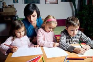 Grundsätzlich dürfen Flüchtlingskinder zur Schule.