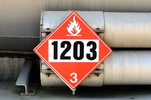 Gefahrgut: Die UN-Nummer verweist auf den spezifischen Stoff.
