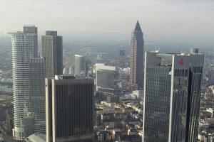 Bei einer Geldanlage sollte stets auf die Inflationsrate in Deutschland und den Leitzins der EZB geachtet werden.