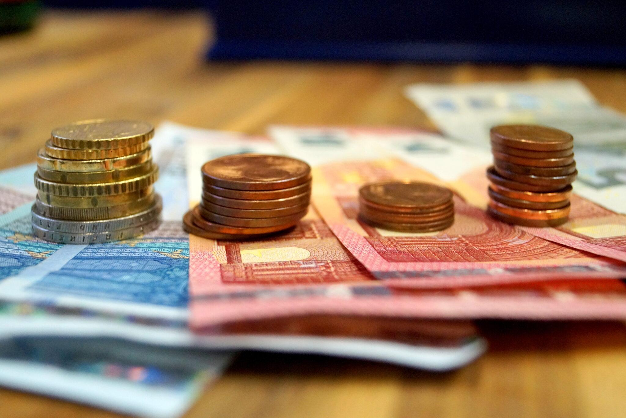 Geldtürme - Seitlich