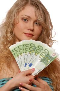 Zu reizvolle Transaktion? Es könnte sich um Geldwäsche handeln! Ein Formular ist entsprechend auszufüllen