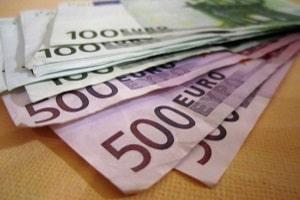 Beim Gepäckverlust ist die Entschädigung nach oben hin begrenzt. Es werden maximal rund 1.400 Euro gezahlt.