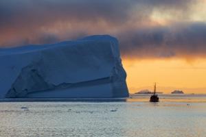 Gesetze, die dem Umweltschutz dienen, sollen zum Beispiel der globalen Erwärmung entgegenwirken.