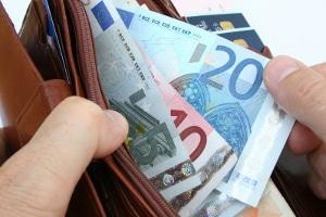 Die GEZ nicht zu zahlen, kann zu Mahnungen und Vollstreckungsbescheiden führen.
