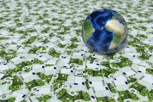 Mit dem neuen Glücksspielstaatsvertrag wird der Staat Steuereinnahmen in Milliardenhöhe erzielen.