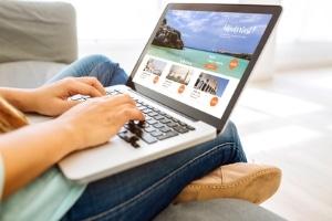 Der Grundsatz der Prospektwahrheit gilt sowohl für den Text als auch für die Fotos in Reisekatalogen und Onlineangeboten.