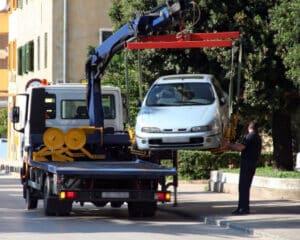 Sie können Fahrzeuge abschleppen lassen, wenn Sie ein Halteverbot für Ihren Umzug beantragt haben.